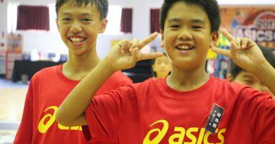 《亞瑟士籃球營》「我媽是羅興樑的球迷!」 『神奇老爸』叮嚀 小學員聆聽