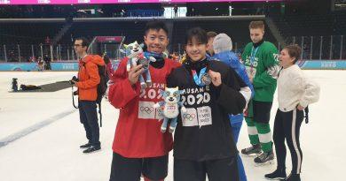《冬青奧》混合國家三對三冰球 林威宇、張恩婗雙雙拿下銀牌