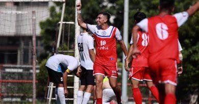 《足球》歷史性的一刻 臺灣乙級足球聯賽開踢