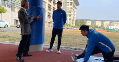 《田徑》田協理事長葉政彥頒加菜金 勉勵選手持續備戰