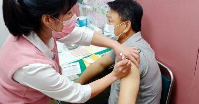 《棒球》洪總居安思危 今領中華隊20人接種疫苗